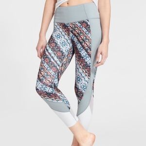 ATHLETA | NOMAD SALATIONS CROPPED MESH LEGGINGS